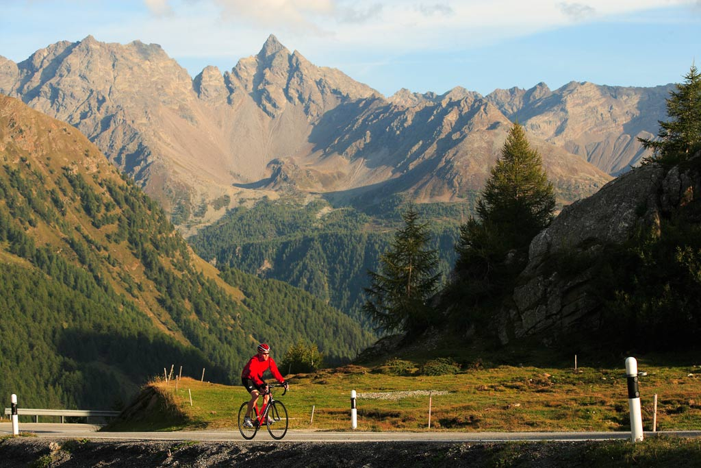 Mehr Roadbike Touren Hotel Central Nauders in Tirol
